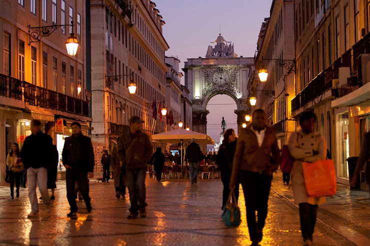 Portugal destination prisée des retraités Français - Revazul conseil expatriation